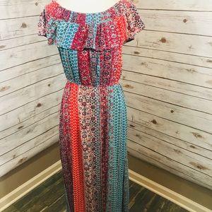 Xhilaration M Floral Boho Maxi Dress